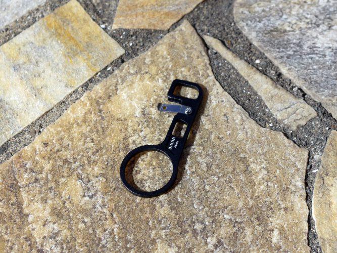 しっかりしとした造りの薄型アルミ製Di2マウント