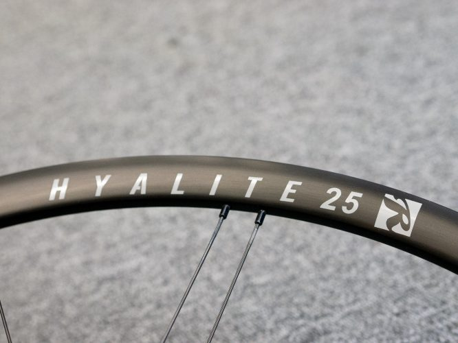 ROLF PRIMA Hyalite25のご紹介