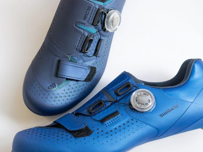 鮮やかなブルーのシマノSH-RC500